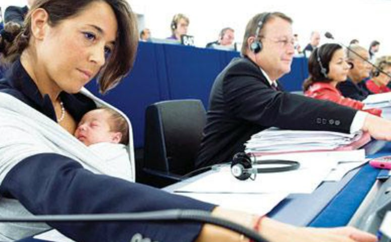 working mom licia ronzulli